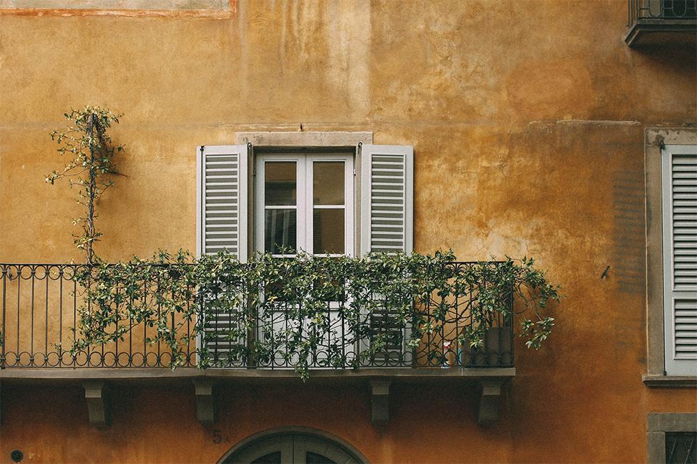 Balconi, terrazze e letteratura: le migliori citazioni letterarie
