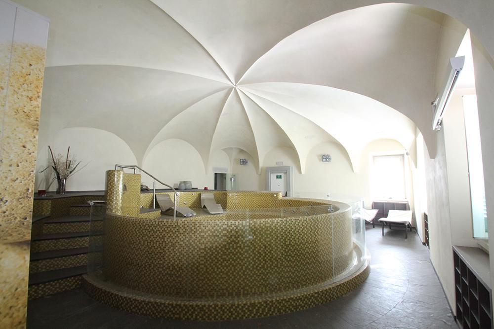 il-restauro-di-palazzo-ferlendis-a-lovere-il-progetto-degli-interni